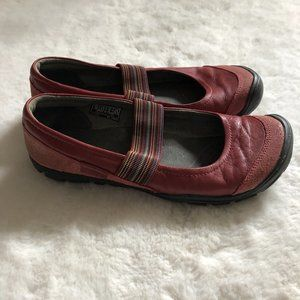 Keen Women's sienna Mary jane shoes size 8.5